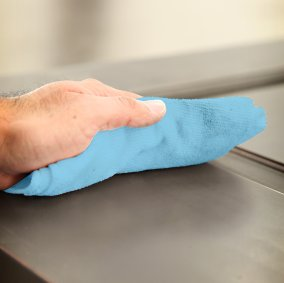 SuperTuff® Absorbent Microfiber Towels Image 2
