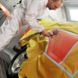 painting car with super tuff spray suit